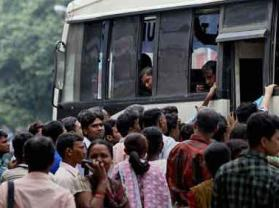 india bus crowding