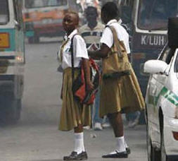 africa girls in traffic