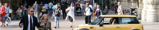 finland-helsinki-street scene-3