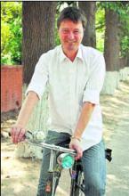 Henrik Valeur on bike