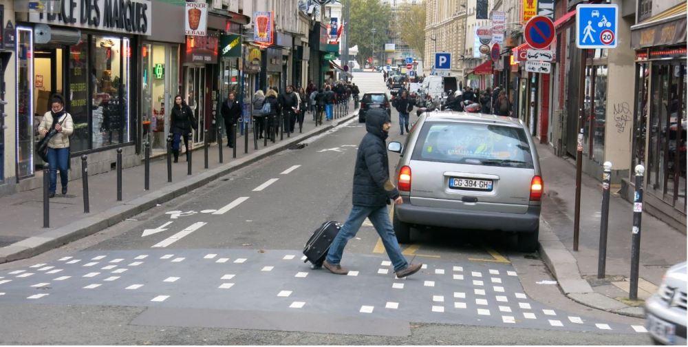 Paris to limit speeds to 30 km/hr over entire city (3/4)
