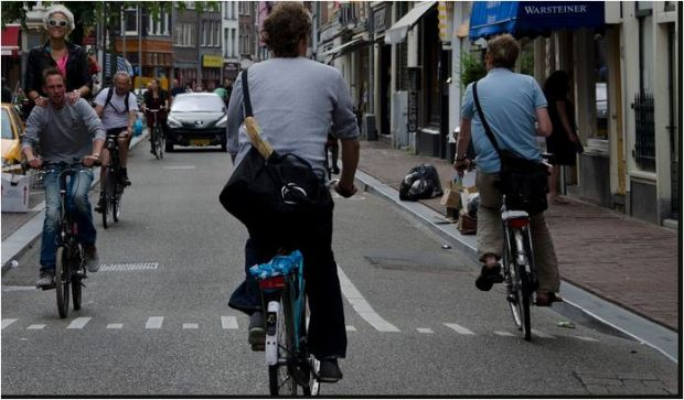amsterdam counterflow bike lane