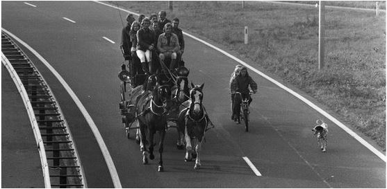 Netherlands Car Free Sunday 1973 - Pictures. Netherlands National Archive, Getty - small