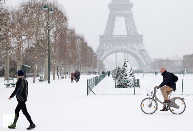 France Paris cycle velib snow Credit - Reuters - John Schults