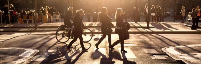 sweden-pedestrian-crosing