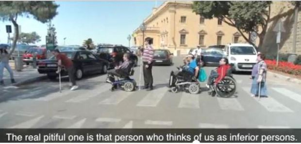 malta-street-crossing-handicapped