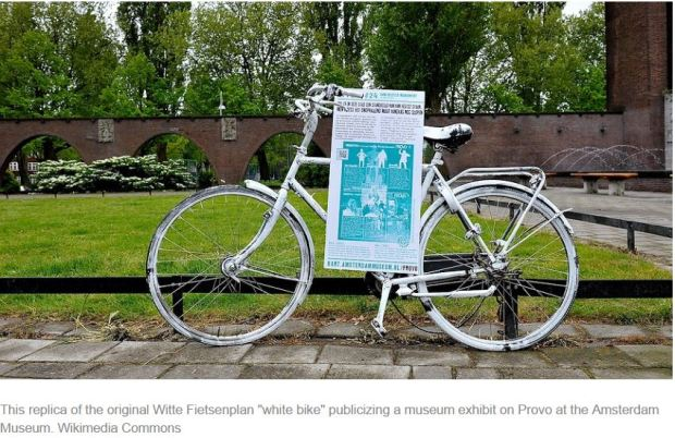luud-white-bike-reproduction-in-museum