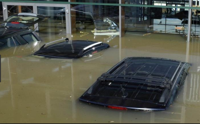 cars lot flooded disappearing