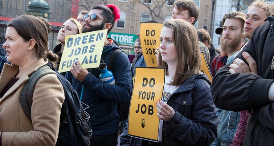 Protest Green New Deal, San Fran - Photo Peg Hunter via Flickr CC